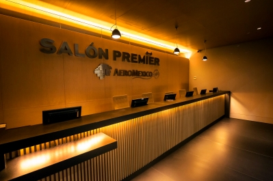 Entrance Salon Premier