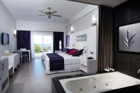 Junior Jacuzzi Suite