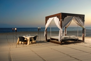 Beach Cabana/ Romantic Dinner