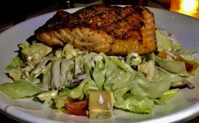 Ice Berg Salad with Salmon
